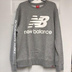 New Balance Men's Essentials Logo Crew Pullover